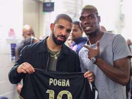 Drake porte la poisse. Goal
