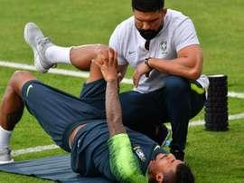 Thiago Silva e Paulinho vão a jogo. Goal
