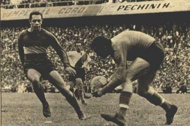 O brasileiro que ainda é o maior goleador do Boca contra o River