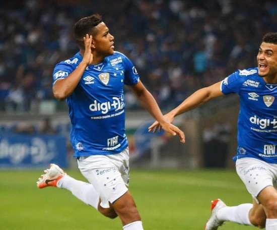 Cruzeiro atropela o Galo e se blinda em meio à crise extracampo.