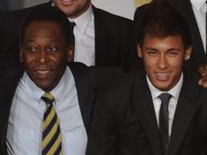 Pelé parabeniza Neymar ao ultrapassá-lo em jogos pela Seleção e faz pedido especial