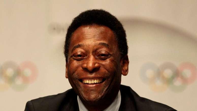 Le Roi Pelé donne de ses nouvelles. GOAL