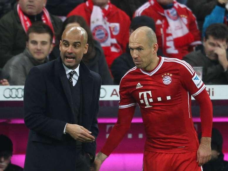 Robben encense Guardiola. Goal