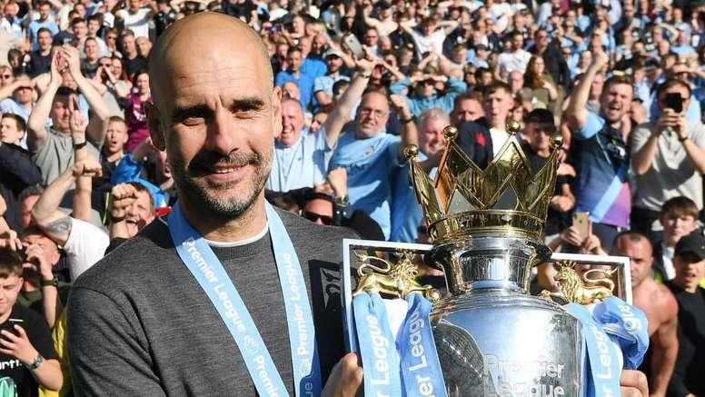 Manchester City, Guardiola élu meilleur entraîneur de Premier League