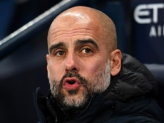 Guardiola tells Manchester City players to ignore Liverpool's calendar