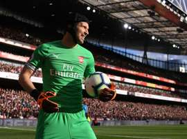 Fans have called for Bernd Leno to take Cech's place. GOAL
