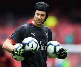 Cech confirma que último jogo antes de aposentadoria será final contra o Chelsea