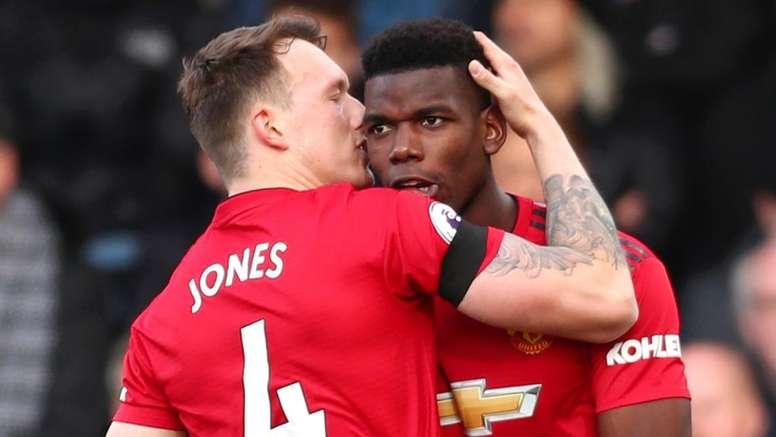 Jones encense Pogba. Goal
