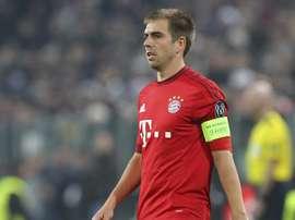 Bayern fica surpreso, e Lahm se defende. Goal