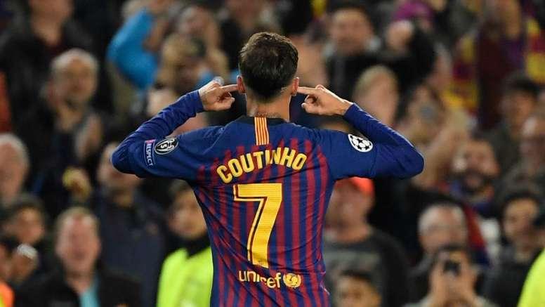 Giuliano Bertolucci em Barcelona para resolver o futuro de Philippe Coutinho. AFP