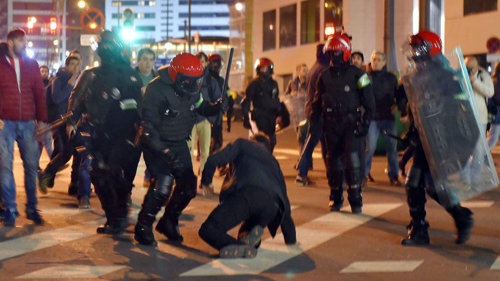 C3 : un policier meurt avant Bilbao-Spartak