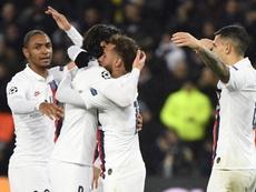 Le groupe est heureux pour Cavani. Goal