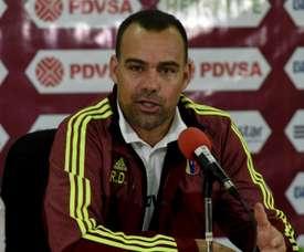 Treinador da Venezuela colocou o lugar à disposição. Goal