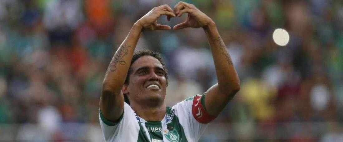O capitão do América-MG: Rafael Lima. Goal