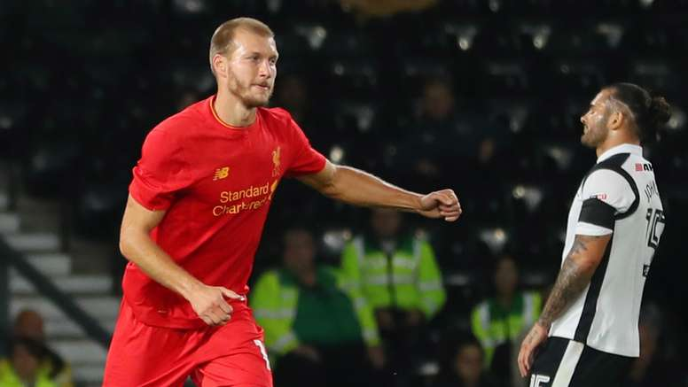 Ragnar Klavan joined Liverpool from Augsburg in the summer. Goal