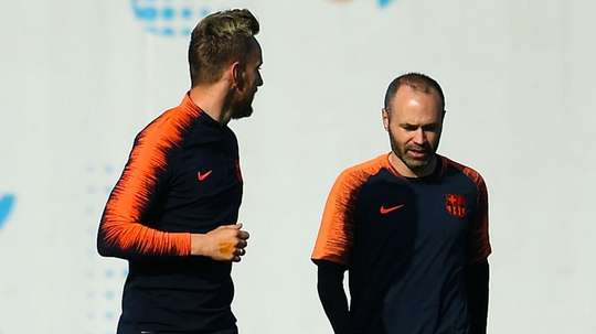 Rakitic is hoping Iniesta decides to stay with the club. GOAL