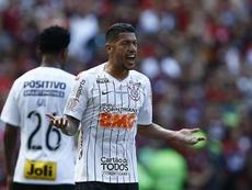 Jadson declara amor ao Corinthians e à torcida. Goal
