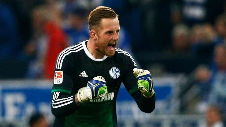 Norwich Sign Schalke Goalkeeper Fahrmann On Loan Besoccer