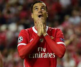 Espanyol smash club record to sign Raul de Tomas for €20m from Benfica. GOAL