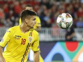 Ajax sign €12.5m Marin to replace De Jong. Goal