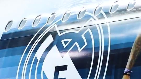 Real Madrid prepara decoração especial em seu avião para mundial de clubes.