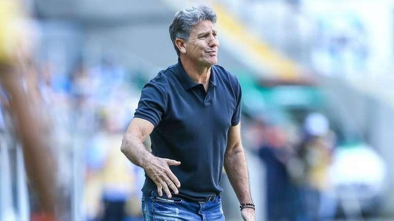 Homenagem promovida pelo Grêmio a Renato virou prato cheio na internet. Goal