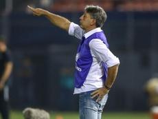 Técnico endossa as reclamações de Luis Suárez e Lionel Messi. Goal