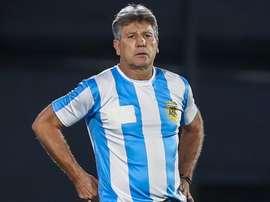 Renato Gaúcho e sua homenagem estilo Maradona: camisa 10 da Argentina à beira do campo