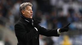 Renato Gaúcho reclama de cera do Palmeiras. Goal