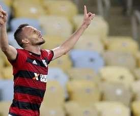 Renê culpa companheiros por gol do Flamengo