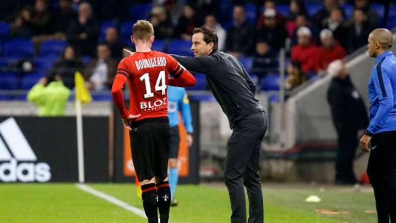 Bourigeaud est incertain pour le match face au Betis Séville. Goal