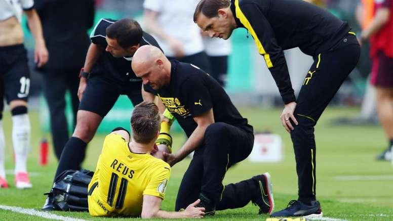 Zorc thinks Reus should stay at Borussia Dortmund. GOAL