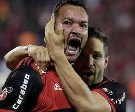 Desfalques contra o Inter, Réver e Diego prometem ajudar o Flamengo fora de campo