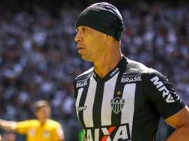 Ricardo Oliveira marcou duas vezes contra o seu ex-clube. Goal
