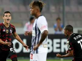 Copa Libertadores Review: Stunning 96th-minute free-kick salvages draw for River.