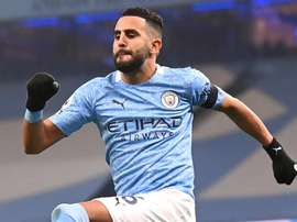 Mahrez et City régalent contre Burnley. Goal