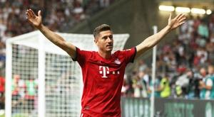 Lewandowski marca três vezes e justifica porque o Bayern que a sua permanência. Goal