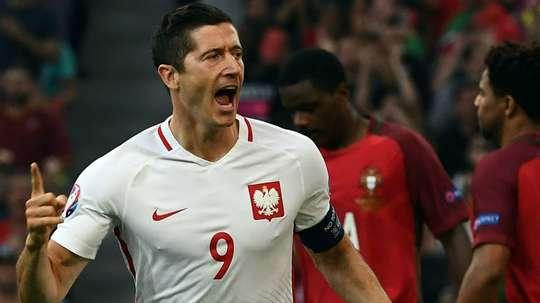 'Lewa' foi o 'rei do gol' nas Eliminatórias Europeias. Goal