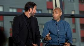 Actuellement adjoint, Henry vise le poste d'entraîneur. Goal