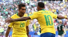 Ney, Firmino e Jesus no ataque da seleção contra Senegal. GOAL