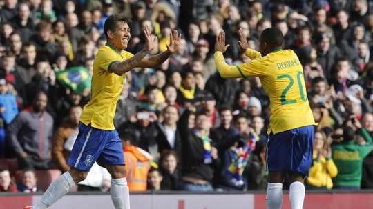 Emirates Stadium recebe a pentacampeã. Goal