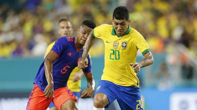 Inteligente, mas inseguro, Firmino decepciona contra a Colômbia. Goal