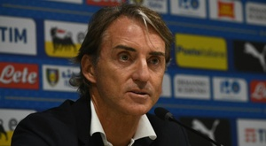 Mancini carica l'Italia. Goal