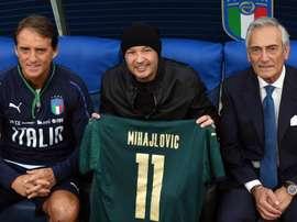 Bologna, Mihajlovic ringrazia Mancini: 'È stato il primo a chiamarmi quando mi sono ammalato'. Goal