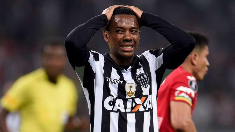Robinho esteve em bom plano no 'Galo'. Goal