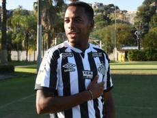 Patrocinadores ameaçam deixar Santos se Robinho for contratado. Goal