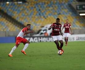 Rodinei não vê jogo ruim do Flamengo, fala em gol 'bobo' do Santa Fe e projeta vitória fora de casa