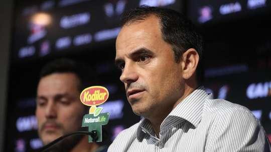 Hoje no Inter, Rodrigo Caetano tem futuro especulado no Morumbi, mas desagrada parte da torcida.
