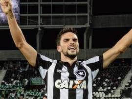 Pimpão, mais uma vez herói. Goal