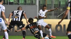 Atlético-MG e Santos não saem do zero em jogo de ida no Independência